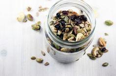 Lunchbox ideas: Grain-Free On The Go Trail Mix #glutenfree #Paleo #grainfree #dairyfree