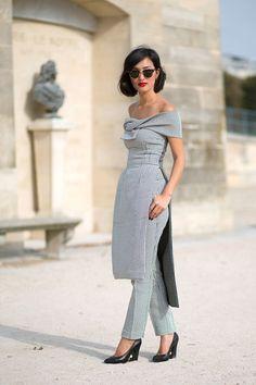 Semana de alta costura em Paris - jul/2015. Look lindo, com informação de moda sem parecer clichê Nicole Warne - HarpersBAZAAR.com