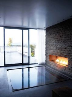 Sunken Bath Tub Design Ideas - Home Decor Ideas Scandinavian Fireplace, Sunken Hot Tub, Home Interior, Interior Design, Interior Paint, Bathroom Interior, Interior Ideas, Bathroom Fireplace, Piscina Interior