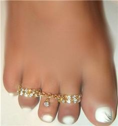 Indian connected toe rings