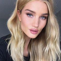 The Secret To Rosie Huntington-Whiteley's Perfect Lips