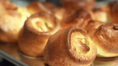 Check out this recipe! Sunday Recipes, Easy Recipes, Easy Meals, Healthy Recipes, Mini Yorkshire Puddings, Yorkshire Pudding Recipes, Perfect Roast Potatoes, Recipe Ratings, Savoury Dishes
