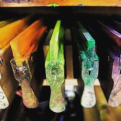 Ya hay racletas en el tienda online :) #serigrafia #screenprint #diy #instaprints #instaart #igersbcn #igersbarcelona #onlineshop #print #press #ilustracion #diseño #colors