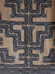 Japan/Hokkaido, detail of Ainu cikarkarpe ceremonial kimono; handwoven cotton, appliqued and chain-stitch embroidered with cotton thread, late early century Sashiko Embroidery, Japanese Embroidery, Learn Embroidery, Japanese Culture, Japanese Art, Textile Patterns, Textile Design, Shibori, Indigo