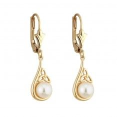 Someone buy these for me please! 14 carat Celtic Trinity Knot Pearl Earrings.