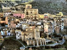 Cuenca, Spain. Romance could blossom here, couldn't it?
