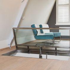 Een glazen vloerluik kan natuurlijk ook op zolder! Benut de bovenste verdieping van uw woning optimaal met onze ruimtebesparende oplossing. Het glazen vloerluik is verkrijgbaar in elke gewenste maat en is beloopbaar.  #interior #design #interieur #vloerluik #glazenvloerluik #interiordesign Outdoor Sofa, Outdoor Furniture, Outdoor Decor, Design, Home Decor, Outdoor Couch, Homemade Home Decor, Interior Design