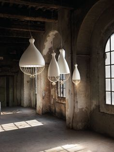 LAMPADA A SOSPENSIONE IN CERAMICA COLLEZIONE LE TRULLE BY KARMAN | DESIGN EDMONDO TESTAGUZZA