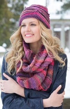 Corrugated Hat and Cowl Free Crochet Pattern from Red Heart Yarns