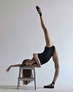 #WorldBalletProject @Regrann from @reznik_darya - ◾️▫️◾️#ballet #balerina #pointe #photographer #art #artwork #beutiful #nice #artphoto #instagood #instasize #instalike #balletto #ballettime #phototheday #mylegs #photodance #dance #dancemylife #lovemyjob #dancelove #balletpost #instaballet #phoroart #vscocam #Regrann