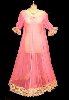 Vintage jenelle lingerie of california 25 feet grand sweep sheer nylon  peignoir in flamingo 08fbf2387