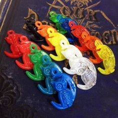 5pcs MOON OWL CHARMS Vintage Plastic by cOveTableCuriOsitiEs, $4.95