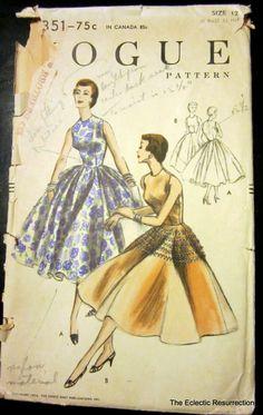 Vintage Vogue Party Dress Pattern-Circa 1950s-No 8351-Unused. $20.00, via Etsy. 50 Style Dresses, Day Dresses, Vintage Dress Patterns, Vintage Dresses, Vintage Vogue, Vintage Fashion, 1950s Outfits, Retro Pattern, Vintage Couture