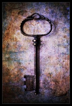 a key by maya78