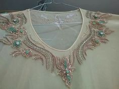 Nice vfor chiffon Hand Embroidery Dress, Beaded Embroidery, Embroidery Patterns, Black Diamond Jewelry, Motifs Perler, Afghan Dresses, Gold Work, Soutache Jewelry, Thread Work