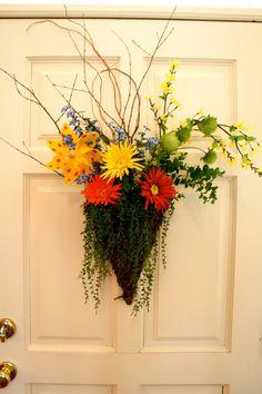 Tips for createing a welcoming door arrangement, Thriller, spiller, filler or   Refresh Restyle