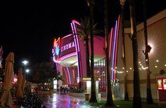 Edwards 21 Cinemas & IMAX Theater