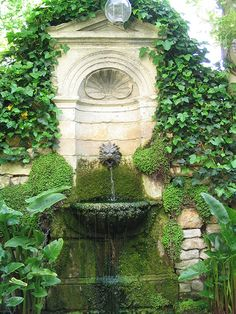 Chichester Stoneworks | – Water Features, Stone Fountains & Swimming Pools