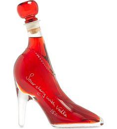 IL GUSTO High heel with cherry vodka liqueur - livia Alcohol Bottles, Liquor Bottles, Drink Bottles, Vodka Bottle, Perfume Bottles, Pink Vodka, Cherry Vodka, Sour Cherry, Vodka Cocktails