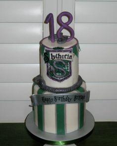 Slytherin birthday cake - CakesDecor