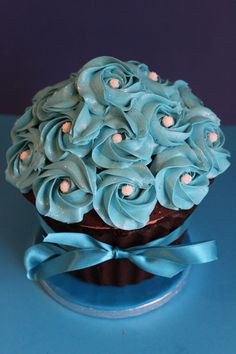 blue giant cupcakes