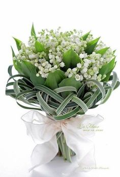 Lily of the Valley bouquet with palm. What a pretty bouquet for a Easter wedding. Bridal Flowers, Flower Bouquet Wedding, White Flowers, Floral Wedding, Beautiful Flowers, Boquet, White Tulip Bouquet, Small Bouquet, Pink Tulips