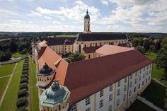 Luftbild von Kloster Ochsenhausen