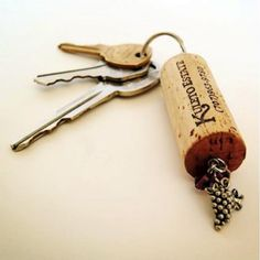 the cheapest keyring you can make #homemade #cheap #diy #wine #cork
