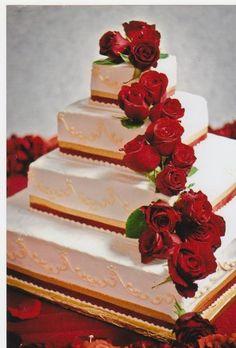 Red and gold wedding cake www.themodernjewishwedding.com