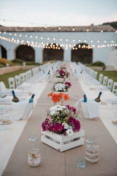 Rockabilly Wedding, Wedding Decorations, Table Decorations, Wedding Trends, Banquet, Garden Art, Confetti, Wedding Planner, Diy And Crafts