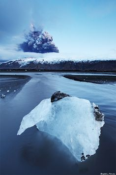 Iceland Under Construction - Volcano Erupting in Eyjafjallajökull by skarpi - www.skarpi.is, via Flickr