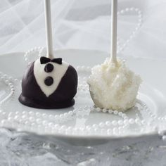 Google Image Result for http://rock-ur-party.tablespoon.com/files/2011/06/2011-06-10-wedding-cake-pops-finish3-500.jpg%3Feed705