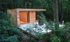 petit studio en bois dans jardin