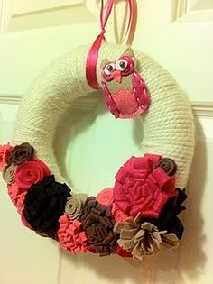 Yarn wreaths for all occasions!