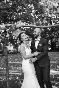 #photographie #photography  #mariage #wedding #couple #nature #photographe #photographer #lille #nord #france France, Couples, Wedding Dresses, Nature, Photography, Fashion, Weddings, Bride Dresses, Moda