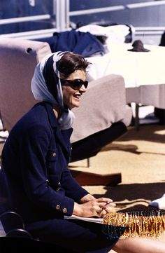 Jackie Kennedy Onassis Style (PHOTOS)