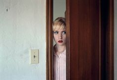 """Lise Sarfati - Sloane Oakland, CA 2009 - """"She"""" Series. History Of Photography, Color Photography, Film Photography, Amazing Photography, Wedding Photography, Cinematic Photography, Documentary Photography, Lise Sarfati, Ombres Portées"""