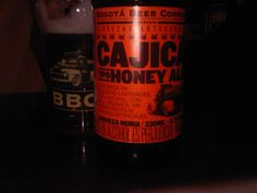 Cerveja Cajicá Honey Ale, estilo Blond Ale, produzida por Bogotá Beer Company, Colômbia. 5.3% ABV de álcool.
