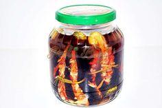 Vinete umplute, murate Drink Bottles, Preserves, Celery, Pickles, Cucumber, Cooking, Food, Canning, Cuisine