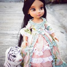 Our wood barbie dolls house collection possesses a series of different styles and measures, our wood toy dolls buildings are delightfully detailed with visuals in and out. Ava Doll, Bratz Doll, Ooak Dolls, Girl Dolls, Baby Dolls, Disney Animator Doll, Disney Dolls, Cinderella Crafts, Newberry Dolls