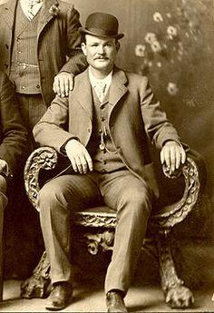 Butch Cassidy, pseudónimo de Robert LeRoy Parker, fue un famoso ladrón de trenes y bancos estadounidense.