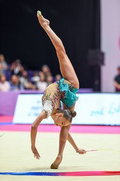 "Pinned by ""Rhythmic Gymnastic 😍😍"" : Arina AVERINA (Russia) ~ Ribbon @ Grand Prix Holon-Israel - Photographer Oleg Naumov. Gymnastics History, Artistic Gymnastics, Gymnastics Flexibility, Yoga For Flexibility, Gymnastics Competition, Flexible Girls, Favorite Position, Gymnastics Photography, Athletic Women"