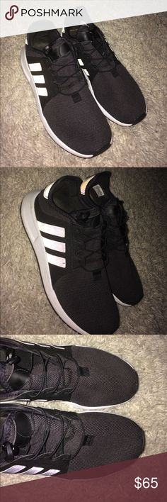 Adidas sneaker Size 7 Adidas. Almost new . Worn about 3 times ! No flaws Shoes Sneakers