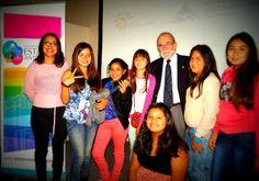 Estas alumnas se fueron muy animadas con todo lo aprendido y la cordialidad del profesor José Maza.