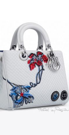 When DIOR is mixed with flowers – something magical will happen and it's an unexplainable attraction. For those that missed some of our Dior Floral Dior Handbags, Fashion Handbags, Tote Handbags, Purses And Handbags, Fashion Bags, Sac Lady Dior, Sacs Design, Quilted Tote Bags, Beautiful Handbags