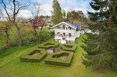 """(5) BUD mottatt - """"Skredderstø"""" - Praktfull sveitservilla med stor parklignende tomt - kun 2 km fra sentrum - Ingen boplikt   FINN.no"""
