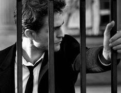 2016 Dior Homme Intensive Campaign - Home Interior Design Twilight Edward, Robert Douglas, Peter Lindbergh, Black And White Portraits, Film Music Books, Robert Pattinson, Hollywood Stars, Portrait Photography, White Photography
