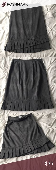 "Ann Taylor LOFT Gray Pinstripe Pleat Pencil Skirt Ann Taylor LOFT Gray Pinstripe Pleated Bottom Pencil Skirt size 8 - 2 pleats in front, 1 in back (best seen in 3rd picture) - 24"" long  ------ 🚭 All items are from a non-smoking home. 👆🏻Item is as described, feel free to ask questions. 📦 I am a fast shipper with excellent ratings. 👗I love bundles & bundle discounts. Feel free to make an offer! 😍 Like this item? Check out the rest of my closet! 💖 Thanks for looking! LOFT Skirts Pencil"