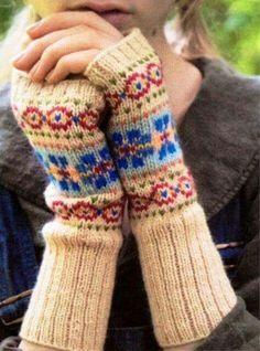 Discover thousands of images about Ravelry: rosyretro's Fair Isle Cuffs Fingerless Gloves Knitted, Crochet Gloves, Knit Mittens, Knit Or Crochet, Knitting Socks, Love Knitting, Fair Isle Knitting, Knitting Charts, Hand Knitting