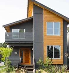 Asymmetric roof line